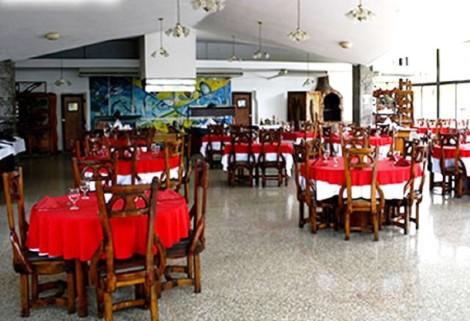 HotelIslazul El Bosque