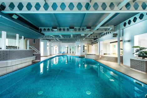 Edinburgh hotels from 46 cheap hotels for Edinburgh hotels with swimming pool city centre