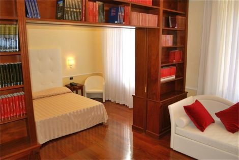 Ludovisi Luxury Rooms Hotel