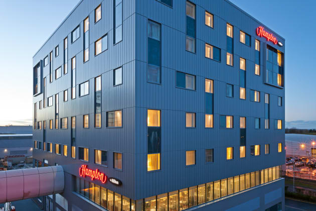 Hotel Hampton by Hilton London Gatwick Airport 1