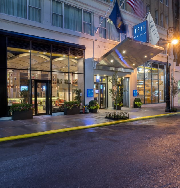 Hotel Tryp by Wyndham Times Square South 1