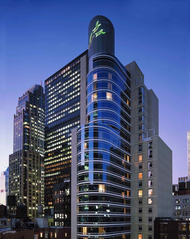 Vol Et Hotel A New York