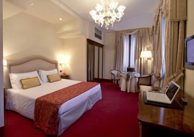 Hotel Al Ponte Dei Sospiri Thumb 1