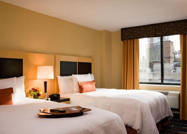 Hampton Inn Manhattan-35th St/Empire State Bldg Hotel (New York) from £105  | lastminute.com