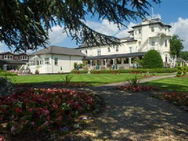 Thornton hall hotel spa hotel wirral from 75 for Wirral hotels with swimming pools