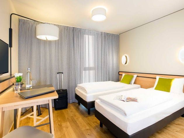 Adagio access munich city olympiapark hotel munich from for Design hotel 54 nord