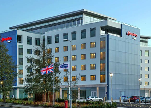 Hampton by Hilton London Luton Airport Hotel 1