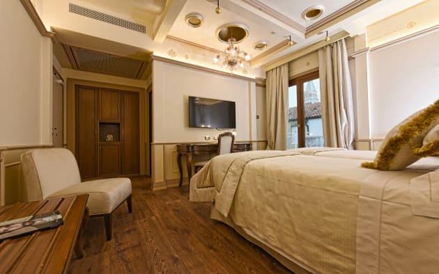 Hotel Monaco U0026 Grand Canal Thumb 3