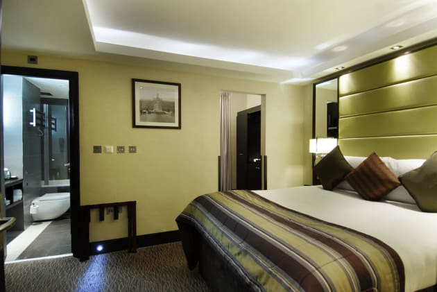 Hotel London City Suites by Montcalm thumb-3