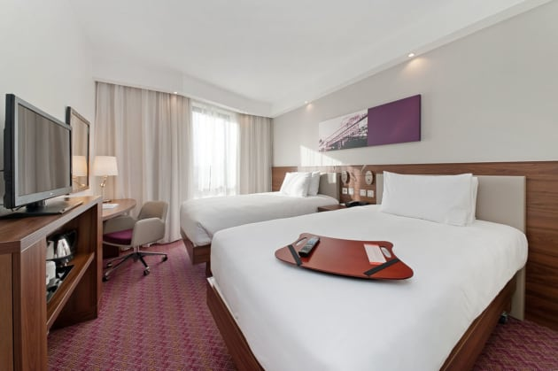 Hotel Hampton by Hilton London Waterloo thumb-3