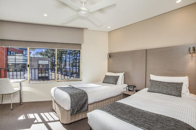 Manly Paradise Motel and Apartments Hotel (Manly) from £81 ...