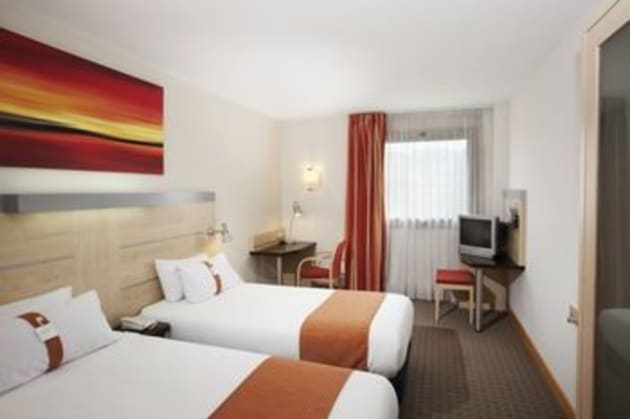 Holiday Inn Express BARCELONA - MOLINS DE REI Hotel 1