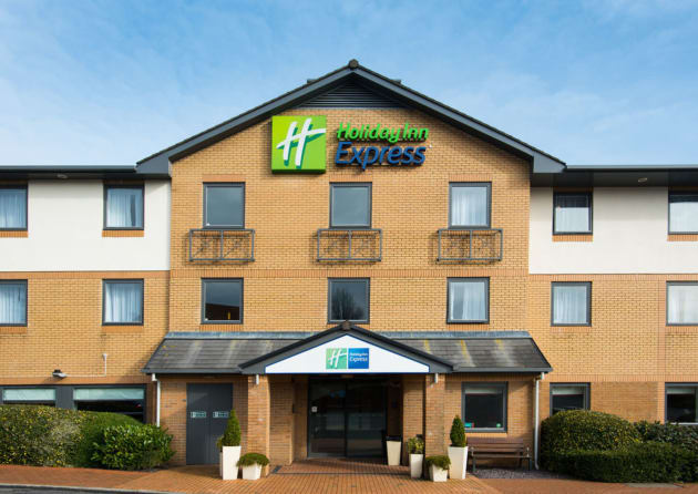 Hotel Holiday Inn Express Swansea - East thumb-2