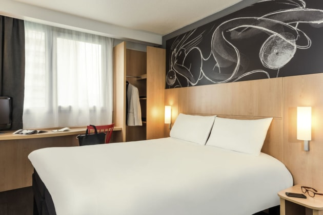 Ibis Paris Italie Tolbiac 13 U00e8me Hotel  Paris  From  U00a351