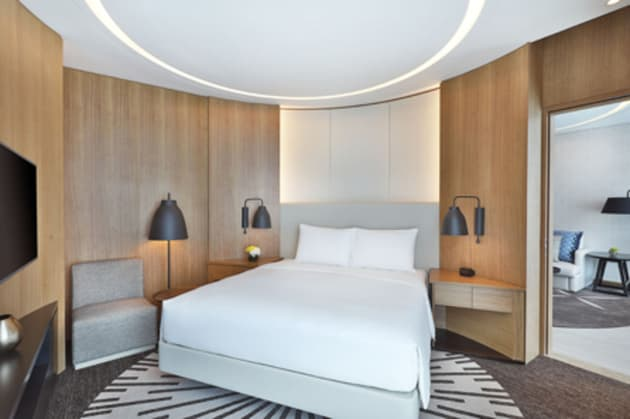 DoubleTree by Hilton Dubai - Business Bay Hotel 1