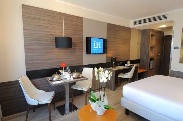 Hotel Zona Lorenteggio Milano