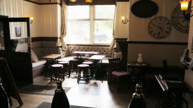The Fox & Hounds Hotel 1