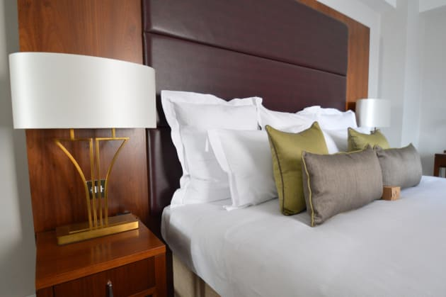 Dolphin House Serviced Apartments Hotel 1
