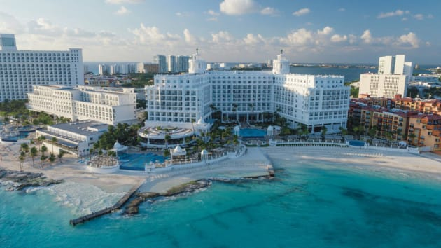 Riu Palace Las Americas All Inclusive - Adults Only Hotel 1