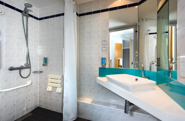 Hotel Holiday Inn Express EDINBURGH - LEITH WATERFRONT thumb-3