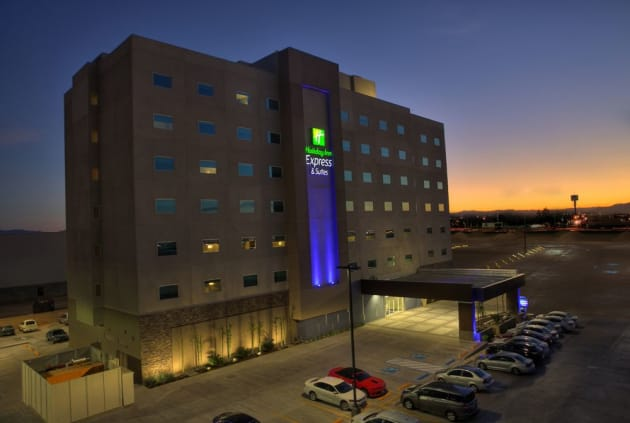 Holiday Inn Express & Suites Mexicali Hotel 1