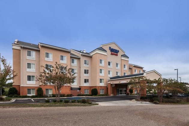 Fairfield Inn & Suites Ruston Hotel 1