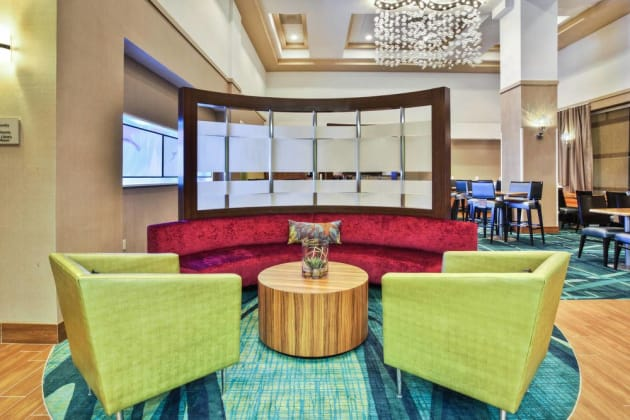 Hotel Springhill Suites By Marriott Chicago Elmhurst/oakbrook Area thumb-3