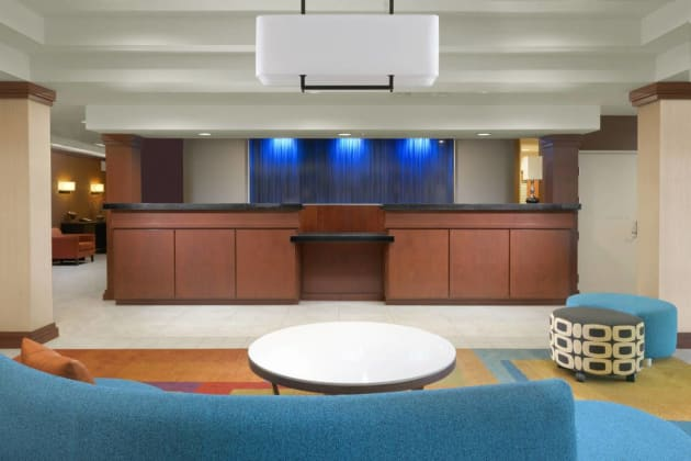 Fairfield Inn & Suites by Marriott Dallas Plano/The Colony Hotel thumb-2