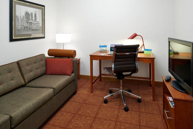 Hotel TownePlace Suites by Marriott Minneapolis Downtown/North Loop thumb-4