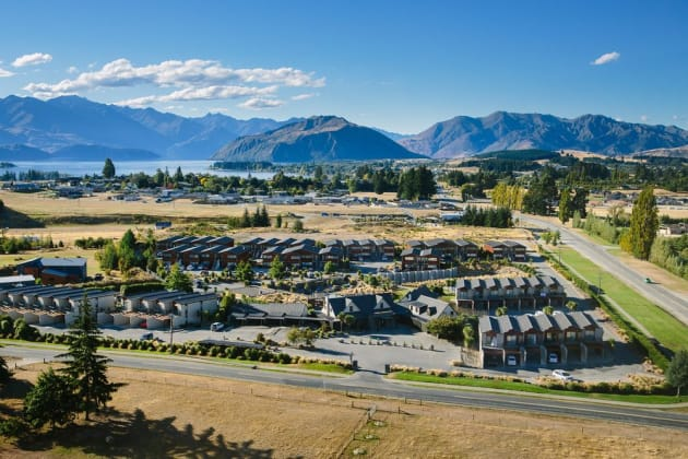 Oakridge Resort Lake Wanaka Hotel 1