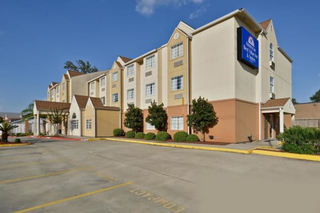 Americas Best Value Inn & Suites - Lake Charles/I-210 Exit 5 Hotel thumb-1