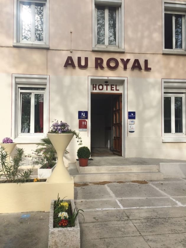 Hostal Au Royal Hôtel 1