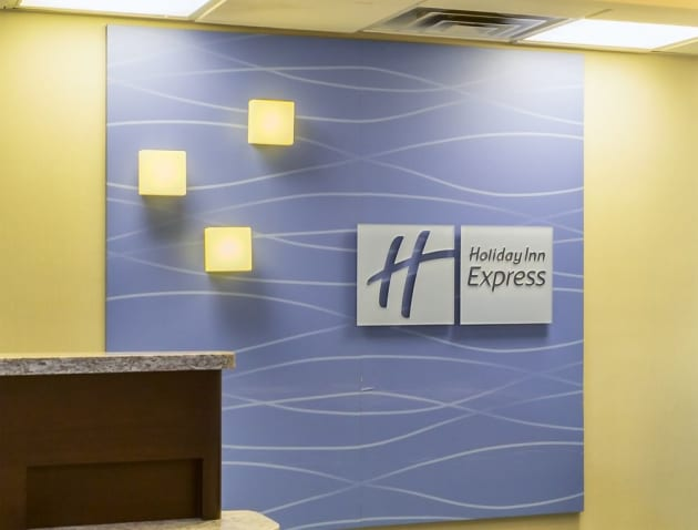 Holiday Inn Express Hotel & Suites Mt. Holly Hotel thumb-3