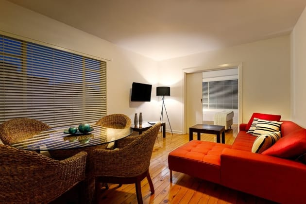 Crest on Barkly Serviced Apartments Hotel 1