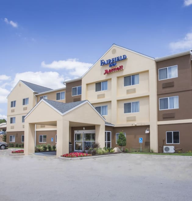 Fairfield Inn Topeka Hotel 1