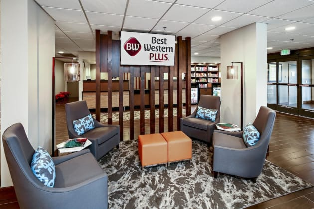 Best Western Plus Bellingham Airport Hotel thumb-4