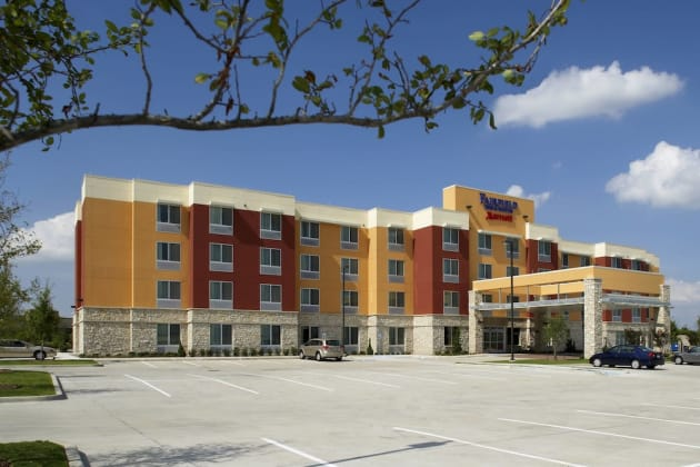 Fairfield Inn & Suites by Marriott Dallas Plano/The Colony Hotel 1