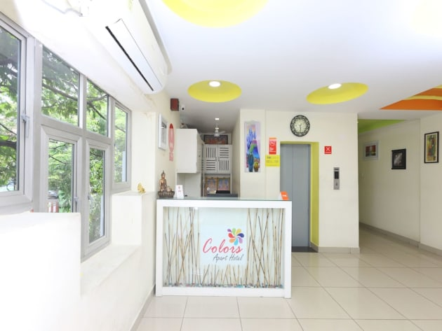 OYO 15132 Colors Hotel thumb-2