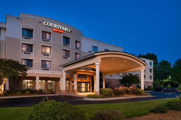 Courtyard by Marriott High Point Hotel 1