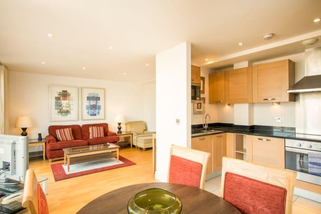 Marlin Apartments - Aldgate Tower Bridge Apartaments ...