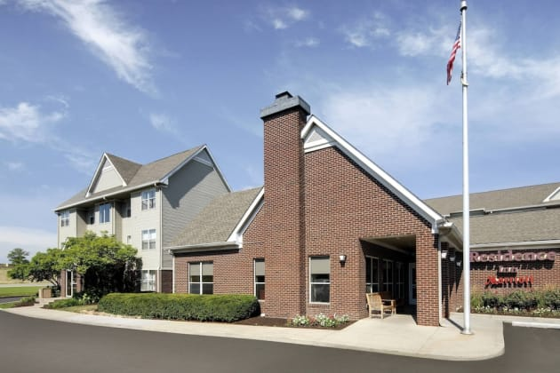 Residence Inn by Marriott Indianapolis Airport Hotel 1