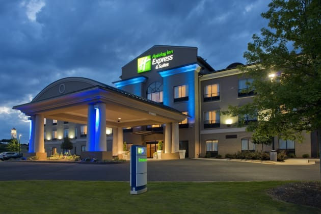 Holiday Inn Express Hotel & Suites Prattville South Hotel 1