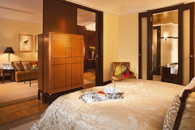 hotel adlon kempinski berlin berlin from 235. Black Bedroom Furniture Sets. Home Design Ideas