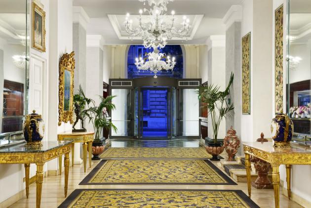 Hotel Savoy thumb-3