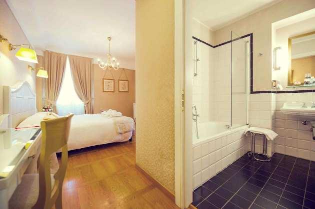 Hotel Mercure Milano Centro thumb-2