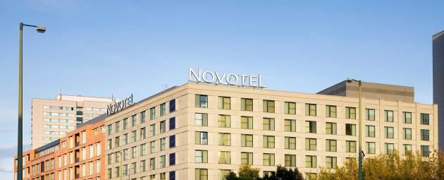 Hotel Novotel Berlin Mitte thumb-2