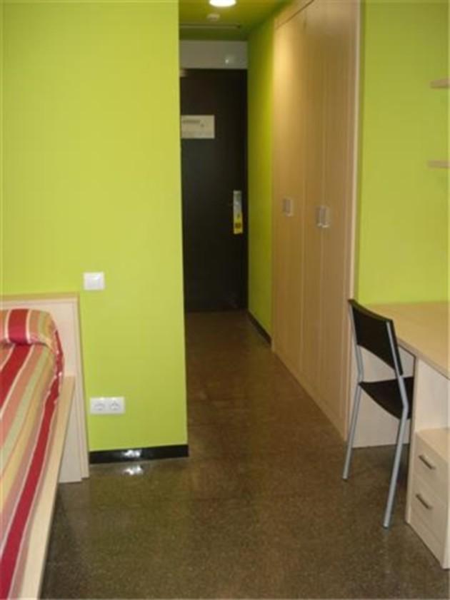 Hostal Residencia Agora Bcn thumb-4