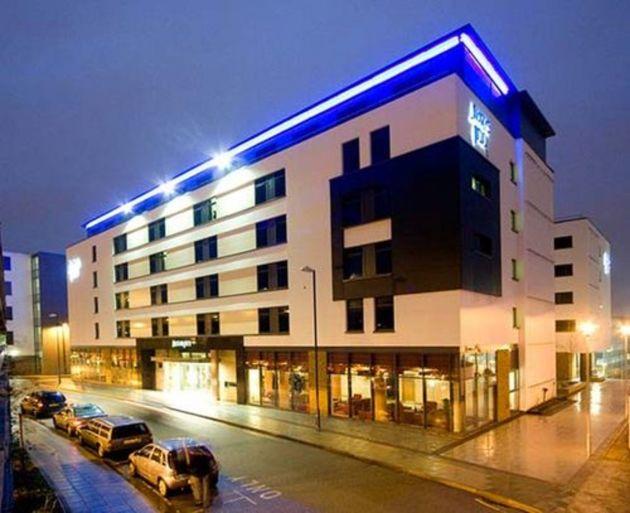 Jurys Inn Brighton Hotel thumb-2