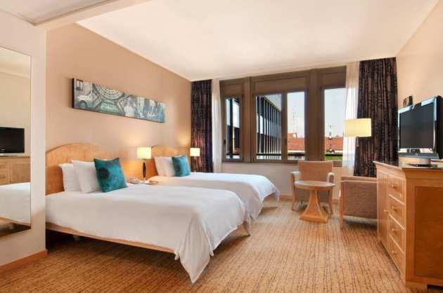 Hotel Hilton Milan thumb-4