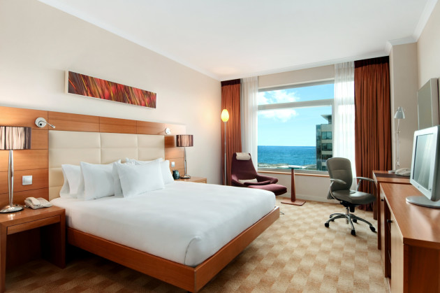 Hotel Hilton Diagonal Mar Barcelona thumb-2
